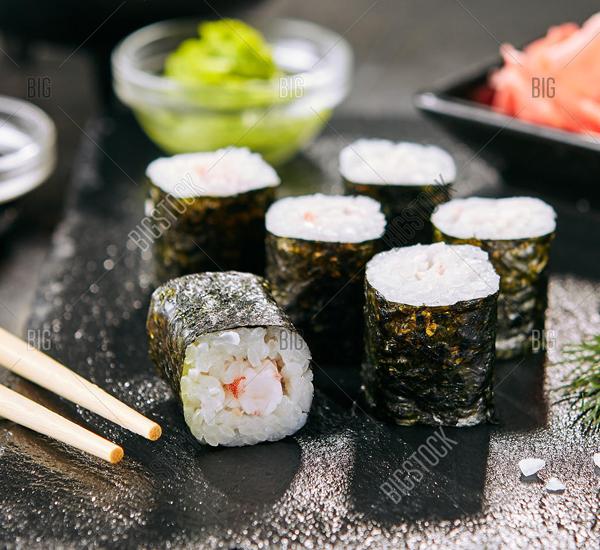 Суши хосомоаки